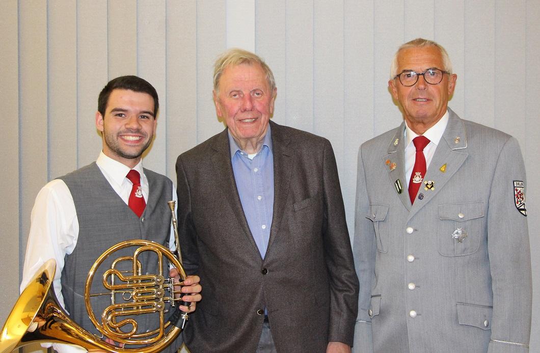 Pahl-Familienstiftung unterstützt Musikausbildung der Stadtkapelle Delbrück